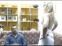 در خانه و خوردن مرغ و از بین بردن گربه دانلود فیلم سکسی دوبله فارسی